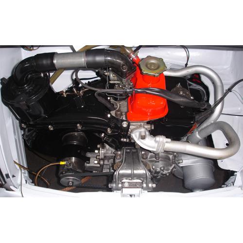 Vano motore e particolari esterni con tecnica a vapore